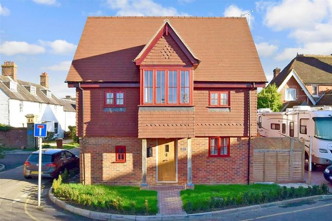 Thumbnail Semi-detached house for sale in Post Office Road, Hawkhurst, Cranbrook, Kent