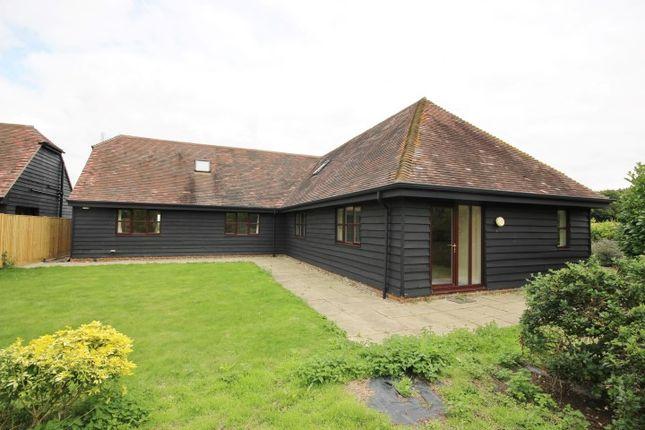 Thumbnail Barn conversion to rent in Upper Rodmersham Road, Rodmersham