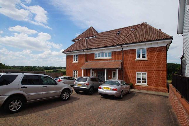 Thumbnail Flat for sale in Braiswick, Colchester