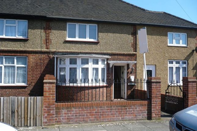 Thumbnail Terraced house for sale in Savernake Road, London