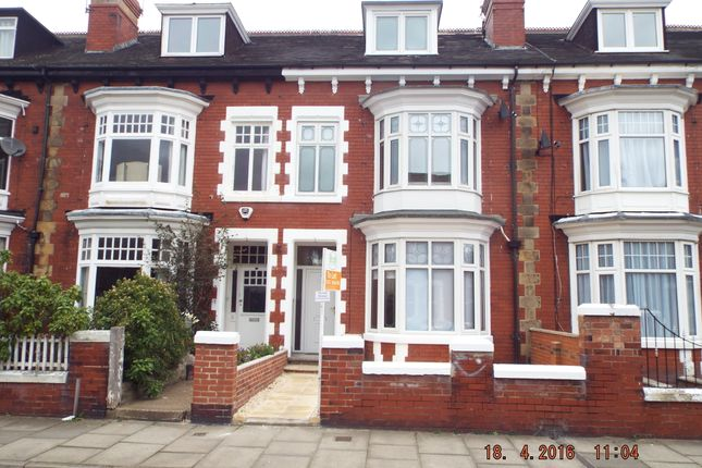Room to rent in Lawn Road, Doncaster DN1