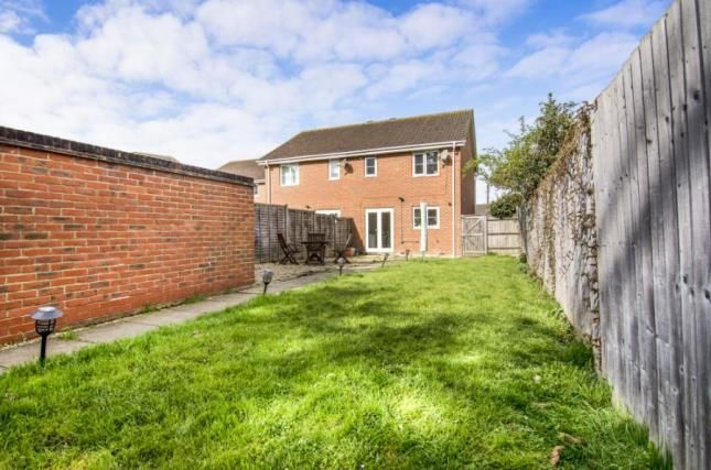 Thumbnail Semi-detached house for sale in Steeple View, Laindon, Essex