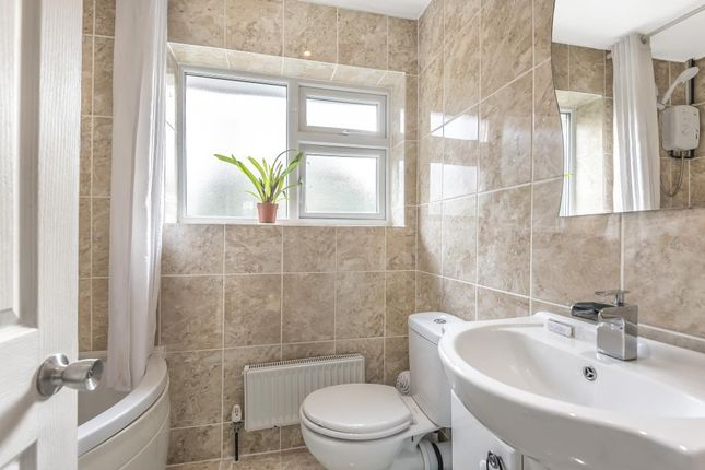 Internal View of Dove House Crescent, Slough SL2