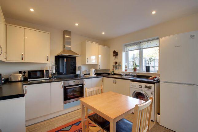 Kitchen of Henniker Road, Ipswich IP1