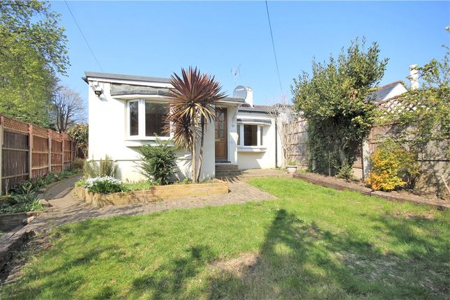 3 bed bungalow to rent in Middle Hill, Egham TW20