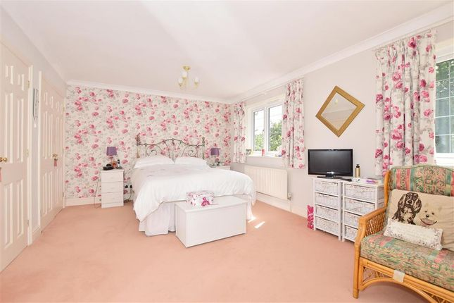 Bedroom 1 of Windmill Grange, West Kingsdown, Sevenoaks, Kent TN15