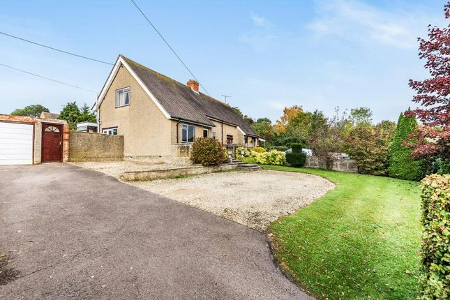 Thumbnail Semi-detached house for sale in Charlbury, Oxfordshire
