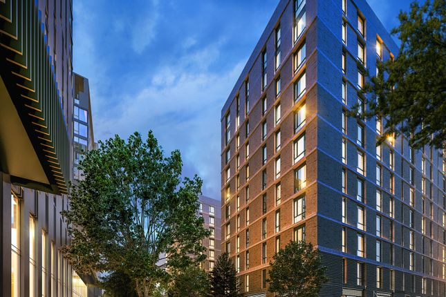 2 bed flat for sale in Kimpton Road, Luton LU2