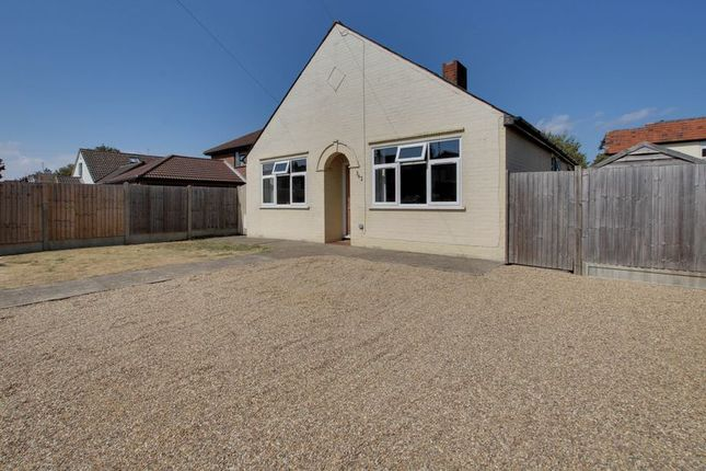 Thumbnail Bungalow for sale in Straight Road, Colchester