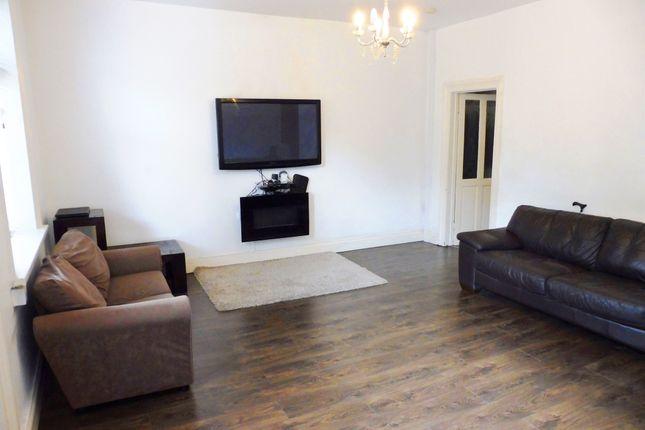 Lounge of Heaton Road, Manningham, Bradford BD9