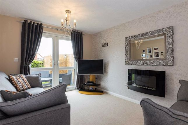 Lounge of Wilkinson Way, Scunthorpe DN16