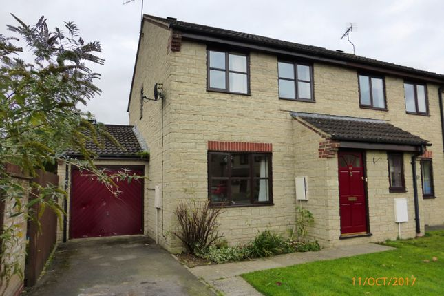 Thumbnail Semi-detached house to rent in Duncan Streeet, Calne