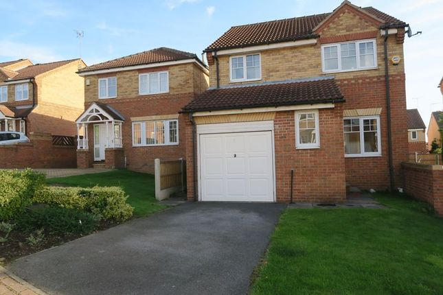 Thumbnail Detached house to rent in Dunnock Croft, Morley, Leeds