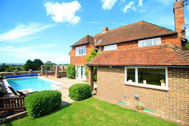 Thumbnail Detached house for sale in Gun Hill, Chiddingly