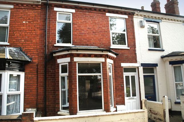 Thumbnail Shared accommodation to rent in Olive Street, Lincoln