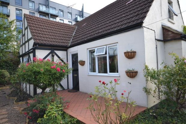 Thumbnail Bungalow to rent in Pier Approach Road, Gillingham