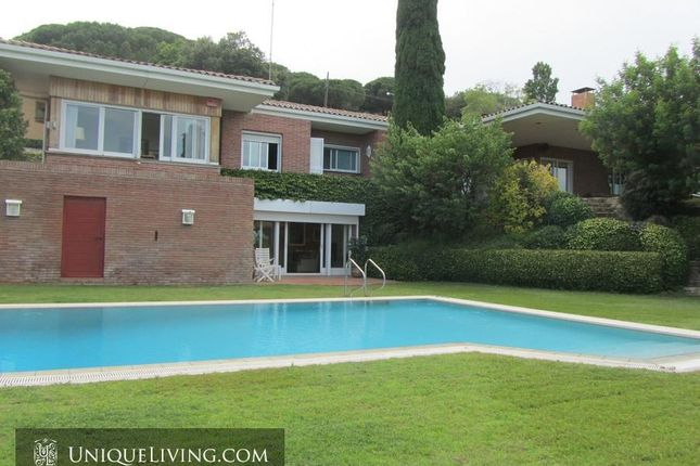 Thumbnail Villa for sale in Barcelona Residential, Barcelona, Spain