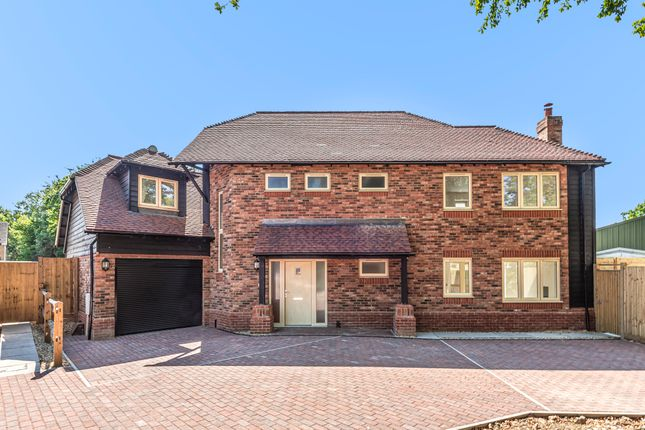 Thumbnail Detached house for sale in Worthing Road, Southwater, Horsham