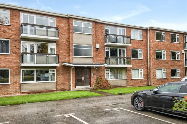 Thumbnail Flat for sale in The Oaks, Warwick Place, Leamington Spa