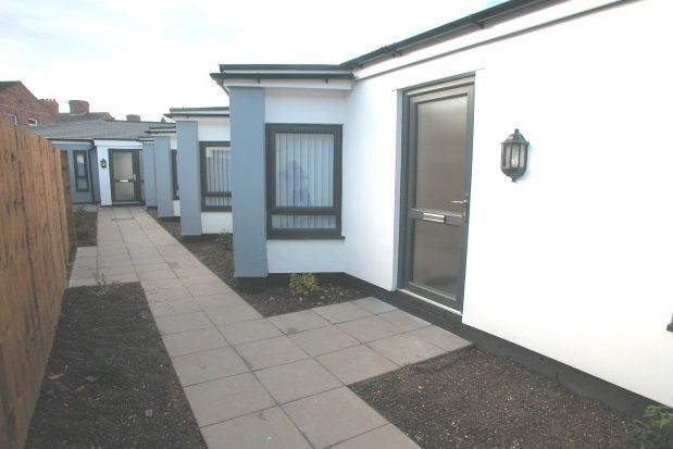 Thumbnail Bungalow to rent in St. Georges Avenue, Tranmere, Birkenhead