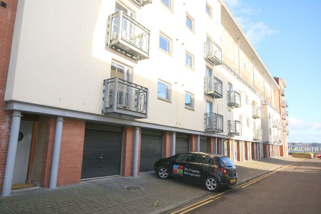 Thumbnail Flat to rent in Thorter Row, City Centre, Dundee