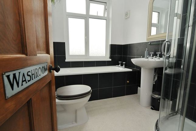 Bathroom of South Down Road, Plymouth PL2
