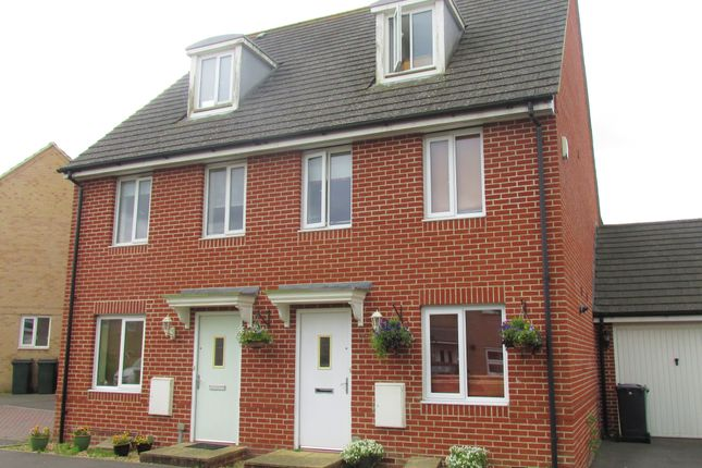 Thumbnail Town House To In Wellstead Way Hedge End Southampton