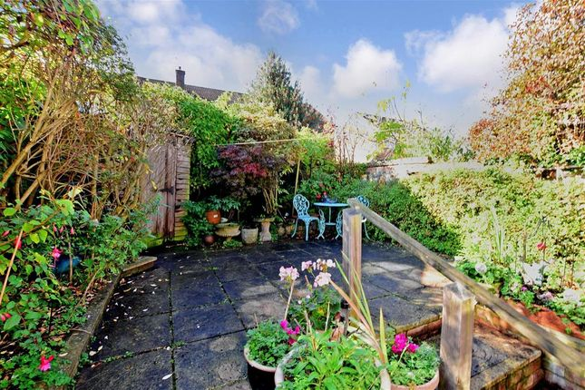 Thumbnail Terraced house for sale in Queens Road, Wallington, Surrey