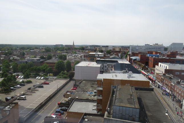 Image of High Street, Slough SL1