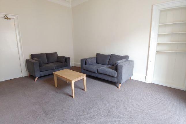 Thumbnail Flat to rent in Tay Street, Polwarth, Edinburgh