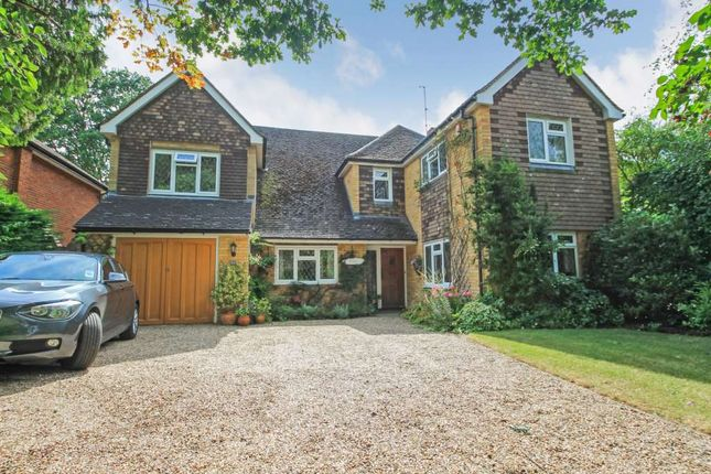 Thumbnail Detached house for sale in Grove Road, Tring, Hertfordshire