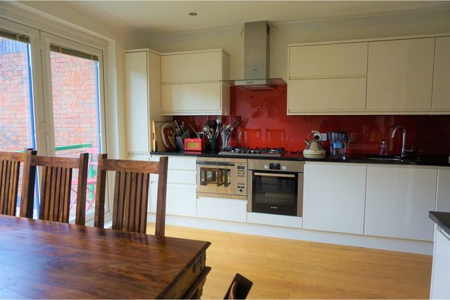 Thumbnail Terraced house for sale in Elephant Lane, Rotherhithe