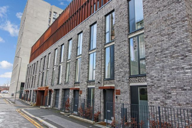 Thumbnail Town house for sale in Arundel Street, Manchester