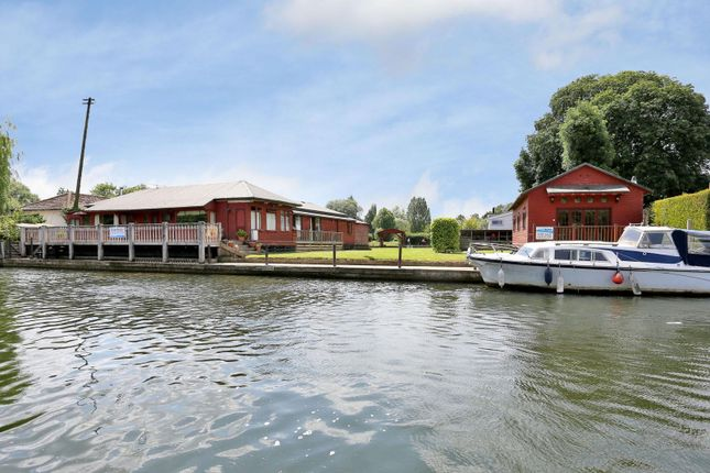 Thumbnail Property for sale in Wargrave Road, Henley-On-Thames