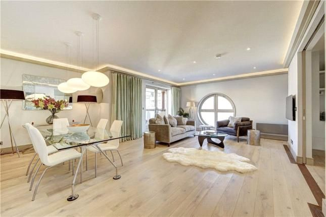 3 bed flat for sale in Gloucester Terrace, Bayswater