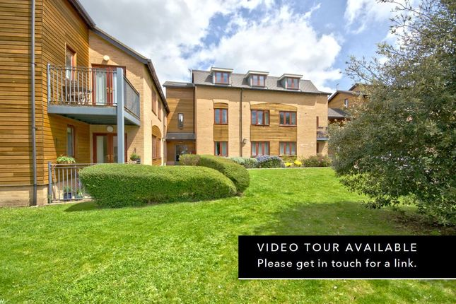 2 bed flat for sale in Abberley Wood, Great Shelford, Cambridge CB22