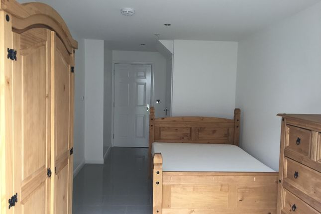 Thumbnail Terraced house to rent in Leswin Place, London