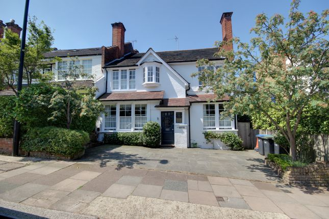 Thumbnail Semi-detached house for sale in The Chine, Winchmore Hill