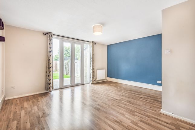 Thumbnail Terraced house to rent in Osborne Close, Kidlington