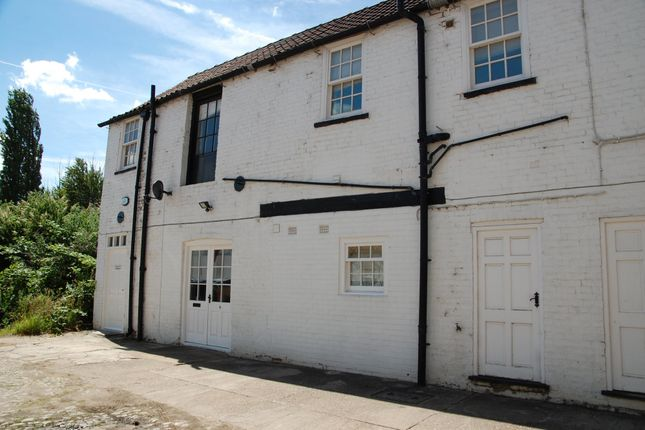 Thumbnail Flat to rent in Market Place, Brigg