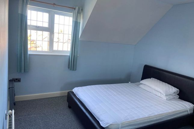 Thumbnail Room to rent in Cock Road, Kingswood, Bristol