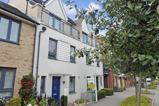 Front of Darwin Avenue, Maidstone, Kent ME15