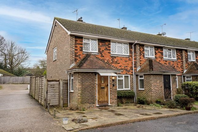 3 bed semi-detached house for sale in London Road, Uckfield TN22