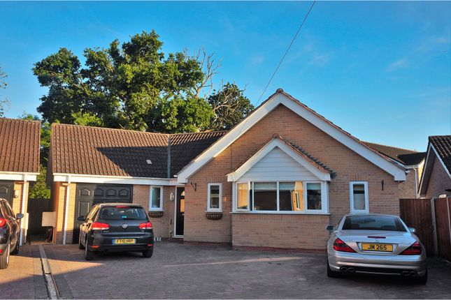 Thumbnail Detached bungalow for sale in Farriers End, Gloucester