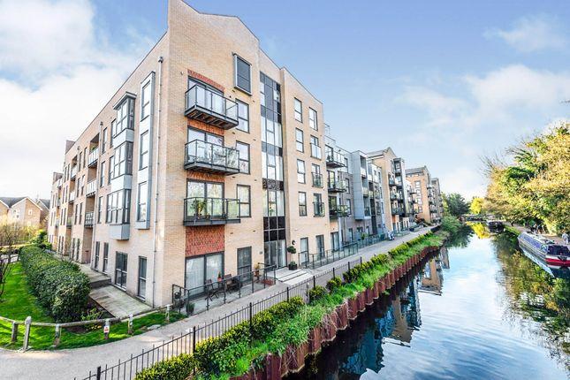 2 bed flat for sale in The Embankment, Nash Mills Wharf, Hemel Hempstead HP3
