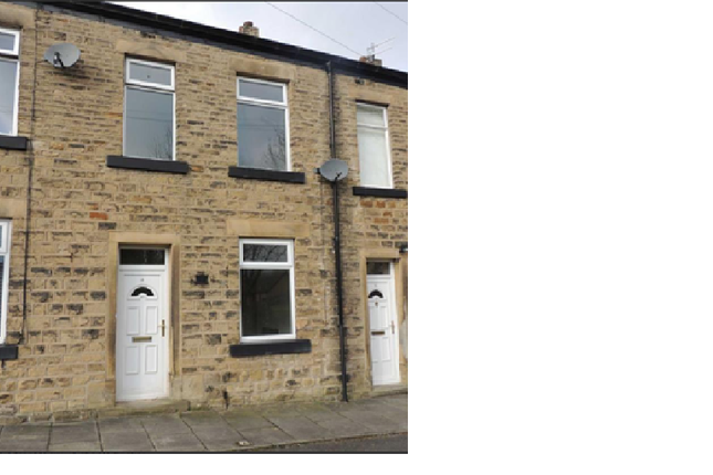 Thumbnail Terraced house to rent in Bennett Street, Hollingworth