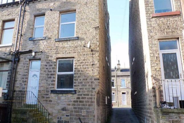 Thumbnail Terraced house to rent in Lipscomb Street, Milnsbridge, Huddersfield