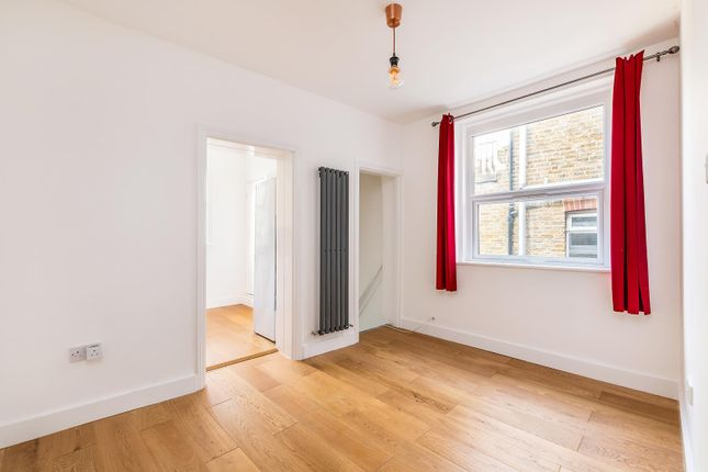 Thumbnail Maisonette for sale in Auckland Hill, West Norwood