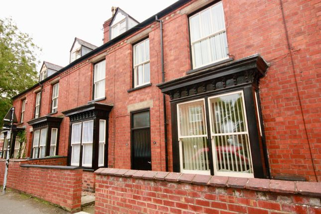 Thumbnail Terraced house to rent in 3 Bedroom House, Westgate, Lincoln