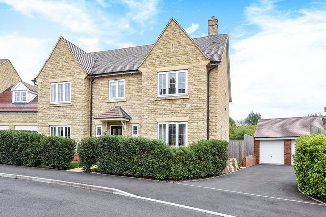 Thumbnail Detached house for sale in Gilligans Way, Faringdon